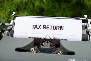 January-October Financial Review for Tax Planning: Why It's Beneficial